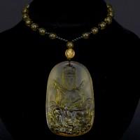 AK013-08 Амулет с бусами Будда, стекло, цвет жёлтый