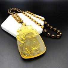 AK013-10 Амулет с бусами Бог войны Гуань Гун, стекло, цвет жёлтый