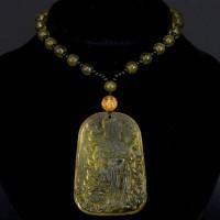 AK013-11 Амулет с бусами Бог богатства, стекло, цвет жёлтый