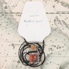 AMS002-2 Аромафлакон с камнем сердолик, шнурком и картонным подвесом