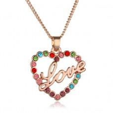 BJK038 Кулон со стразами Love с цепочкой, цвет розовое золото