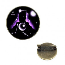 BR047-06 Значок d.2см Знаки Зодиака - Близнецы, цвет бронз.