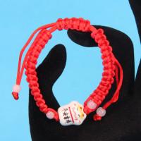 BS055-1 Плетеный браслет из красной нити Манеки-Неко, керамика