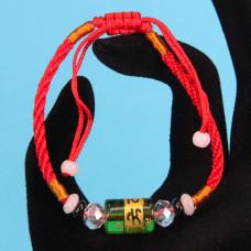 BS057 Браслет из красного шнура со стеклянным цилиндром с мантрой