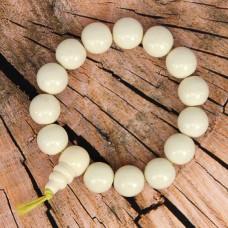 BS141-2 Буддийский браслет - чётки 13мм, акрил, цвет слоновая кость