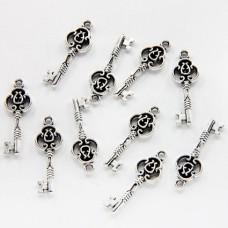 FP0007S-10 Подвески для бижутерии Ключ 24мм, цвет серебро, 10шт.