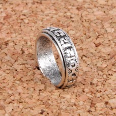 KL032-9 Кольцо с мантрами, размер 9 (19мм), цвет серебр.
