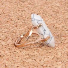 KL043-11 Кольцо с камнем Кахолонг