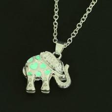 LGK030 Светящийся кулон с цепочкой Слон 2,7см