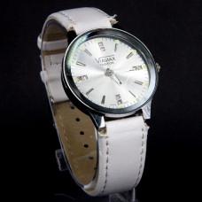 WA010WW Часы наручные женские с белым ремешком