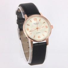 WA011BW Часы наручные женские с чёрным ремешком